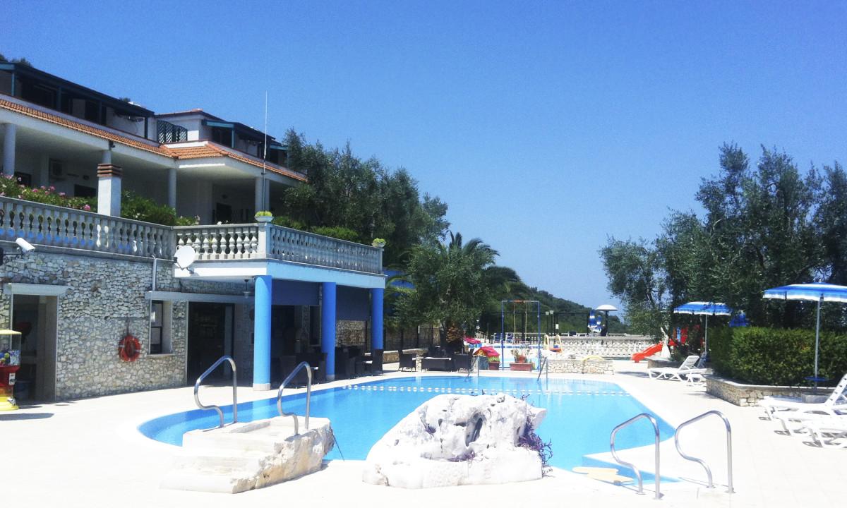 Il Villaggio Turistico in collina a due passi dal mare